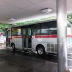中型の路線バス